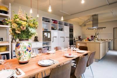Les Filles in Brussels, livingroom restaurant