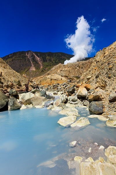 Mount Papandayan, one of Java's most active volcanoes,last erupted in 2002 and has been on a high warning status ever since. However visitors can, if the conditions are safe, walk across the crater and view phenomena such as bubbling mud pools, steam vents and sulphur deposits.