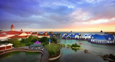 Boardwalk Casino and Entertainment Complex -   Try your hand at the slot machines, play a round of putt-putt, ride the carousel and enjoy a lakeside meal at the Boardwalk Casino and Entertainment Complex on the beachfront.