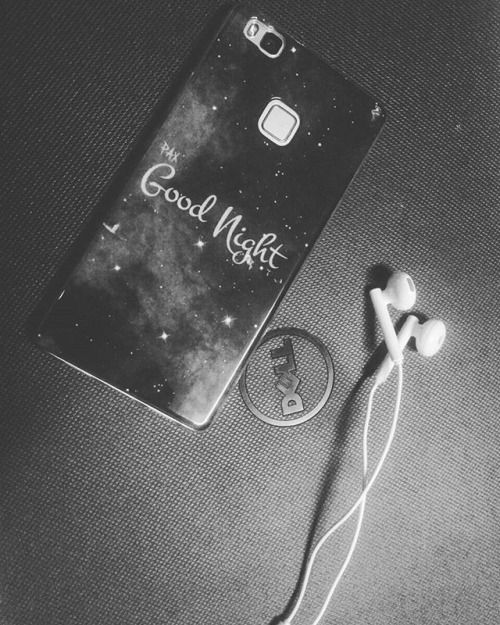 Sometimes you have to go through darkness  #photographs #justapic #random_acts_of_photography #randompic #huaweip9lite #thatbeast #thebest #dell #laptop @top.tags #goodnight #goodnightcover #photography #photographeverything #nothingtodo #fingerprint #earphones #like4follow #like4like #likes #likesforlikes #l4l #lfl #badass # via Earphones on Instagram - Best Sound Quality Audiophile Headphones and High-Fidelity Premium Earbuds for Hi-Fi Music Lovers by AudiophileCans