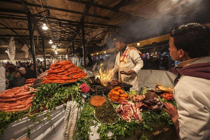 Barbacoa en jemaa el fna puesto de comida barbacoa en el for Comida para barbacoa
