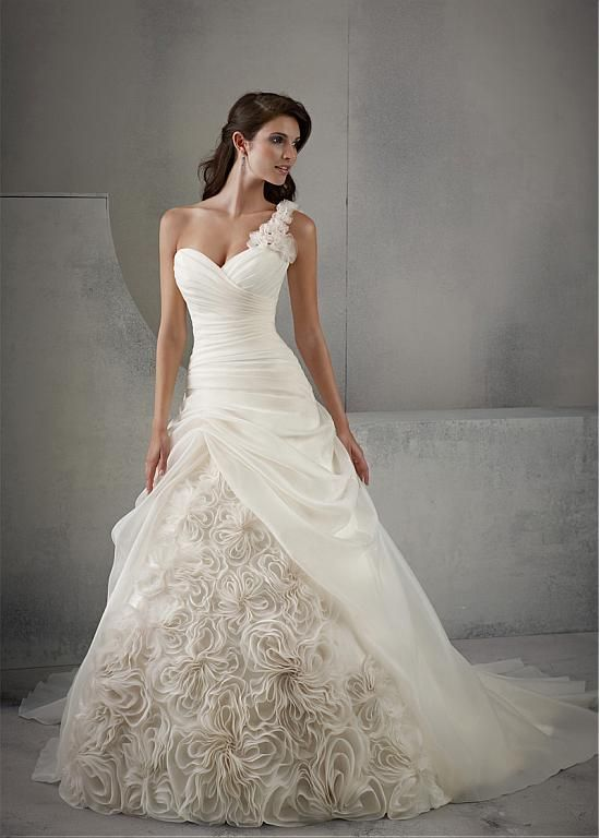 Awesome Best One shoulder wedding dress ideas on Pinterest One shoulder style wedding gowns Off shoulder wedding dress and Wedding dress shapes