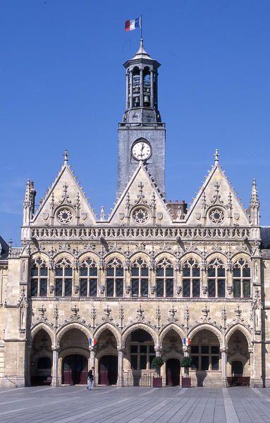 L'Hôtel de Ville de Saint-Quentin, Picardie, France