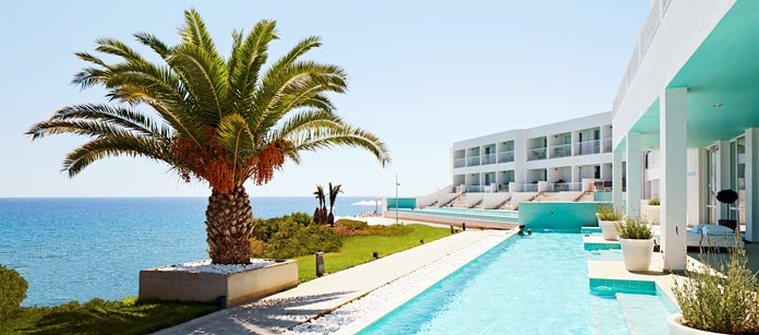 Maybe I´ll be swimming here this summer? OBC @ Makrigialos.