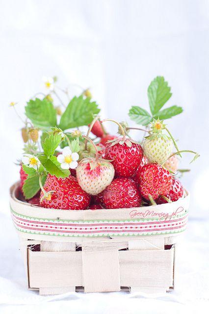 ♔ Strawberries