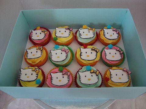Hello Kitty! cupcakes