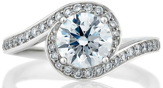 O desejado anel de noivado para o amor eterno #anel #joia #noivado #casamento #diamante #luxo #luxury #debeer #caress