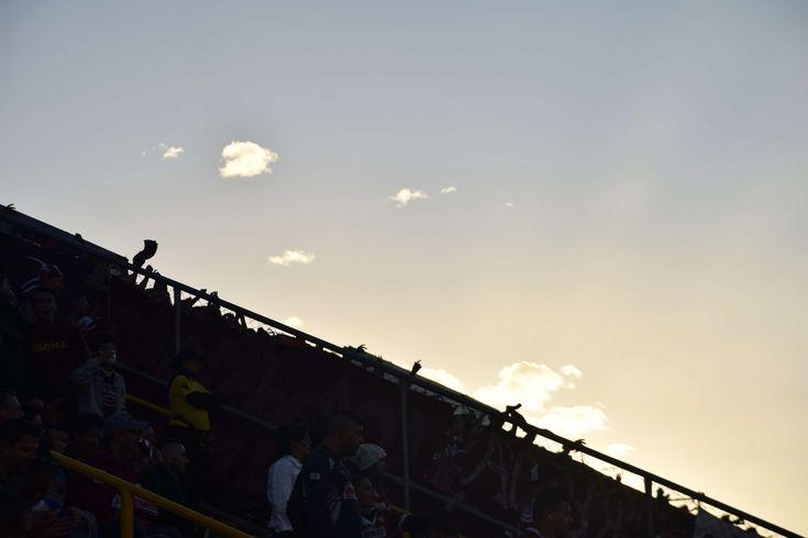 #aficin #clouds #contraluz #cueva #estadio #futbol #rays of sunshine #saprissa #sky #sun