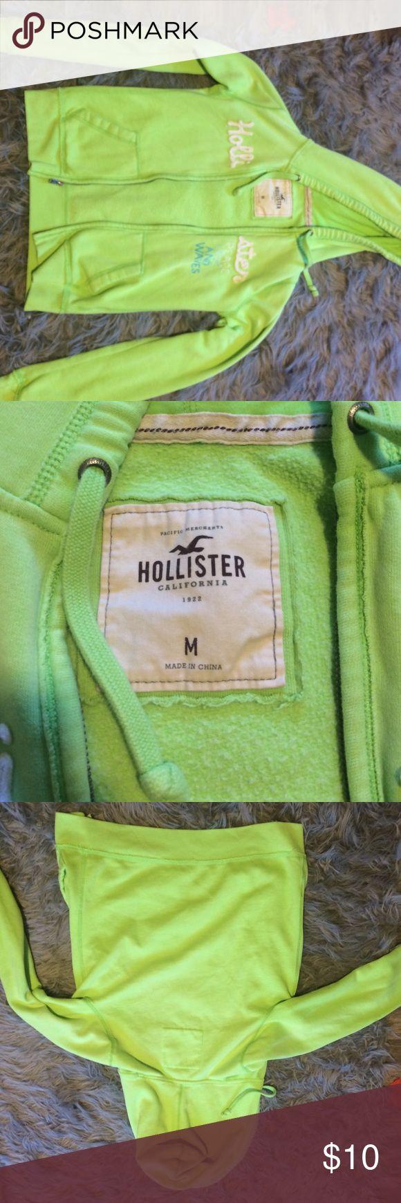 HOLLISTER JACKET hollister jacket size m, but fits like an adult small Hollister Jackets & Coats