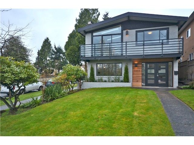 "Photo 1: Photos: 303 E 47TH Avenue in Vancouver: Main House for sale in ""MAIN"" (Vancouver East)  : MLS(r) # V1002633"