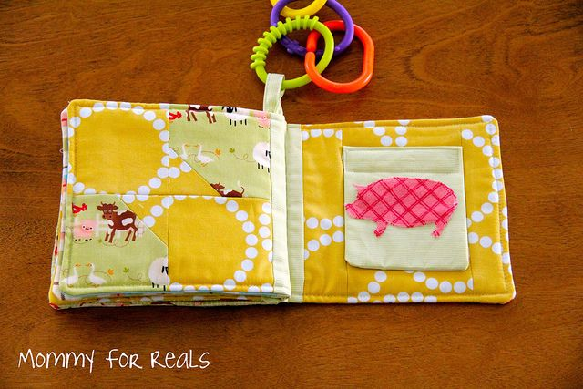 Baby Book - this is absolutely adorable and a great tutorial.