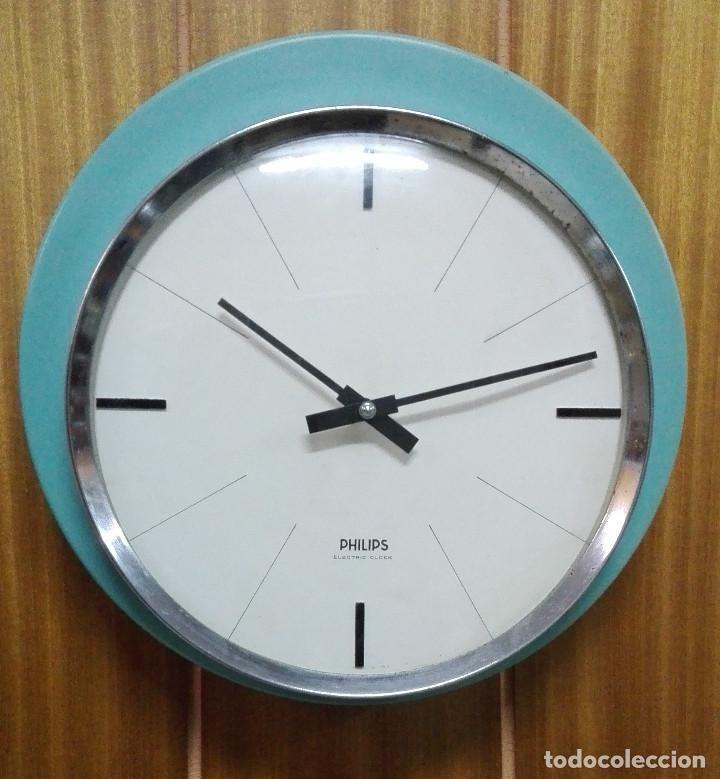 reloj de pared super vintage philips electric clock color verde diseño space age funcionando - Foto 1