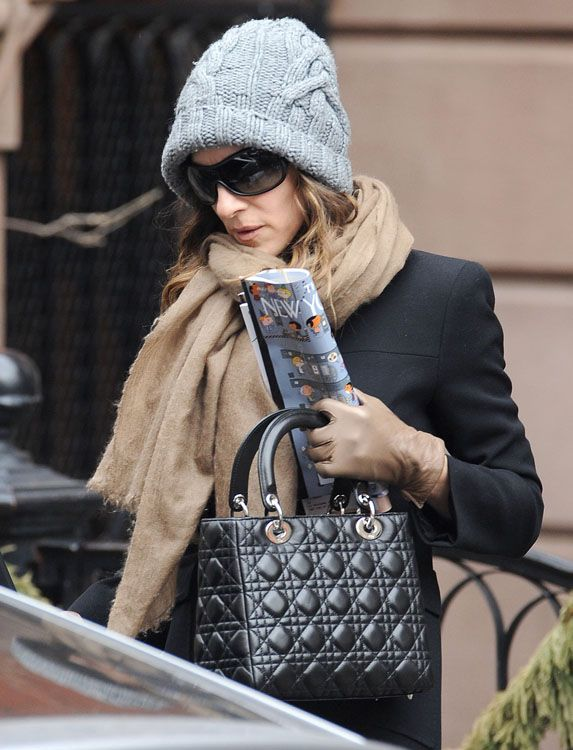 SJP carrying Lady Dior bag.Celebrity Street bag style.