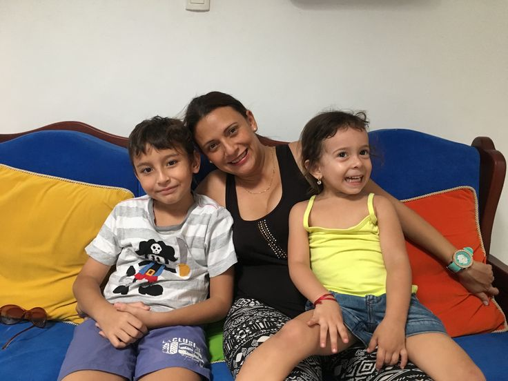 Sofy, Sara y Juan José.