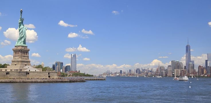 Cruise the New York Harbor and see the Statue of Liberty on one of the following great Holiday Vacations tours: Autumn in New England, New England Fall Foliage, and New York City at Christmastime.