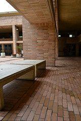 Sombras (Lily Horta) Tags: sombra banca salmona universidadnacional