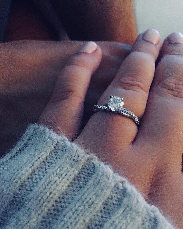 Petite Twist Diamond Engagement Ring In 14k White Gold 1 10 Ct