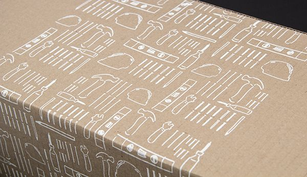 Le KIT- white illustrations on kraft paper
