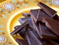 Recipe: Dark Chocolate Bark with Almonds and Cranberries