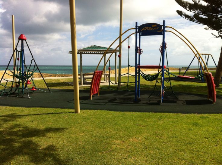 cottesloe beach playground