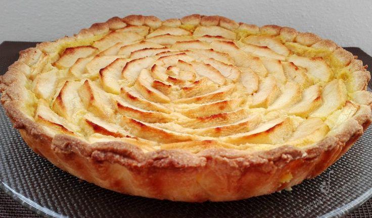 Crostata di mele e crema