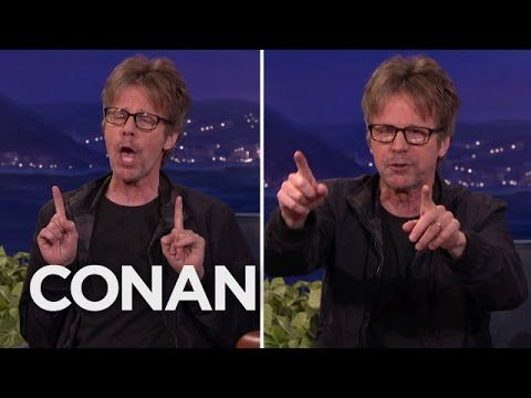 Dana Carvey Shares His Impressions of Donald Trump, Bernie Sanders and Hillary Clinton