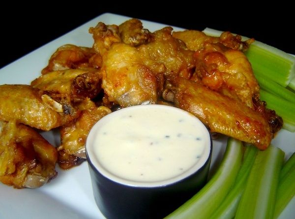 how to make traditional chicken wings