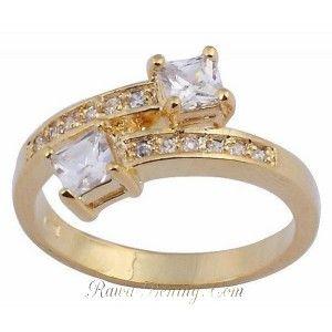 Cincin Model White Sapphire Ring 6. Order: http://rawa-bening.com/cincin-wanita/219-cincin-model-white-sapphire-ring-6.html