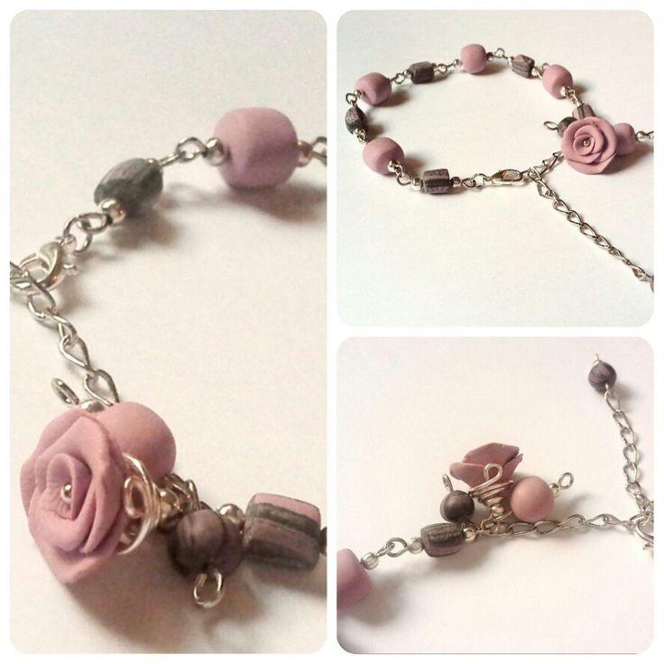 Bracciale argentato realizzato con porcellana fredda color rosa antico