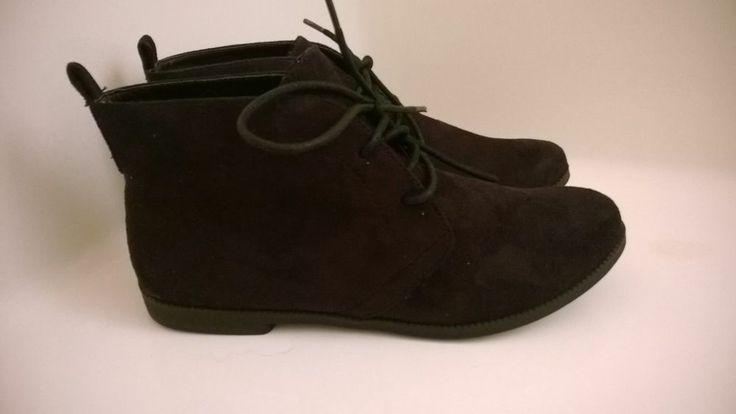 Z LONDON BLACK CHUKKA BOOTS   8.5M  #ZLondon #FashionAnkle