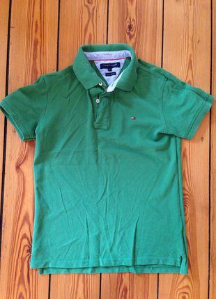 Kup mój przedmiot na #vintedpl http://www.vinted.pl/odziez-meska/koszulki-z-krotkim-rekawem-t-shirty/10211725-zielona-koszulka-tommy-hilfiger-w-swietnym-stanie