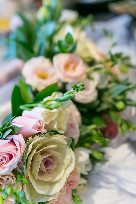 Black Rose florist Wedding bouquet flowers @von photography