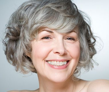 Tips to go gray naturally. Not easy, but possible! #naturalhair