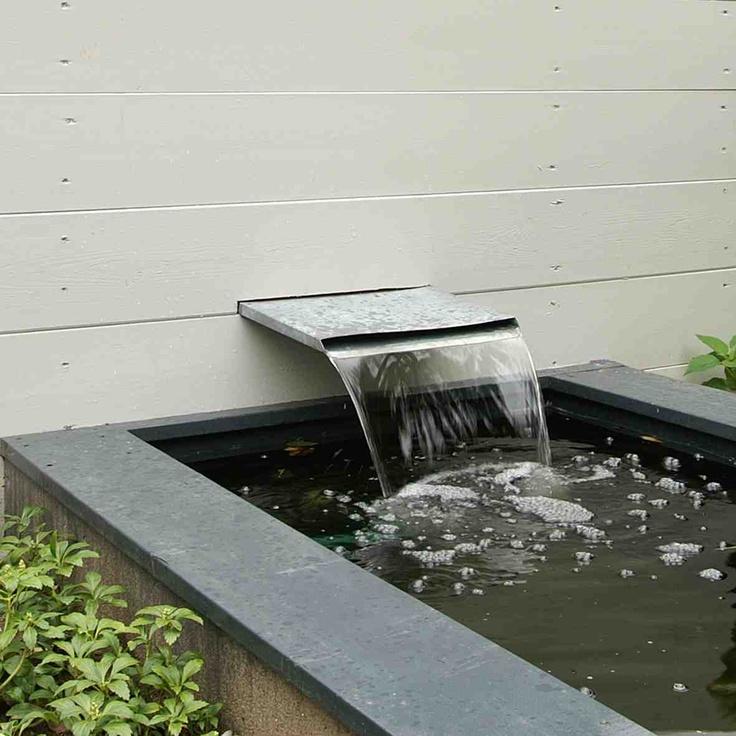 Water overloop. Ontwerp en aanleg hoveniersbedrijf van Elsäcker Tuin.