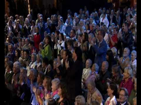 Andre Rieu - frank playing the bells