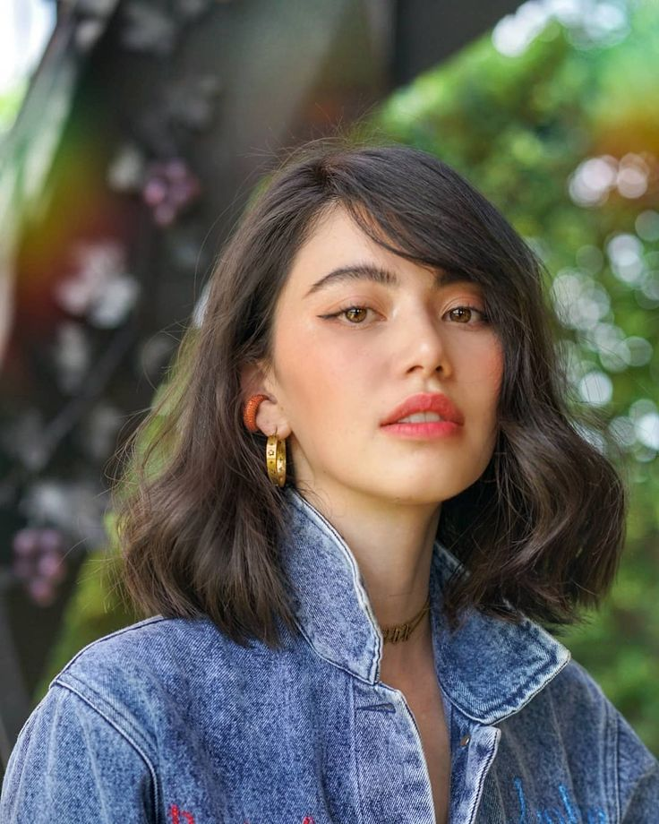 Short hair styles, trendy female hairstyles for the second half of 2019 with 15 hot short hair ideas Beautiful before anyone else since this half year until the next year. There will be some styles. Let's see.