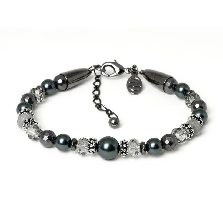 #bracelet #bijoux #CARADOR Offrez un Noël étincelant ! Ce bijou Caroline Néron, très tendance! http://bijouterie-carador.com/bijoux-marques/caroline-neron/caroline-neron/-bracelet-success-story-caroline-neron-5306.html