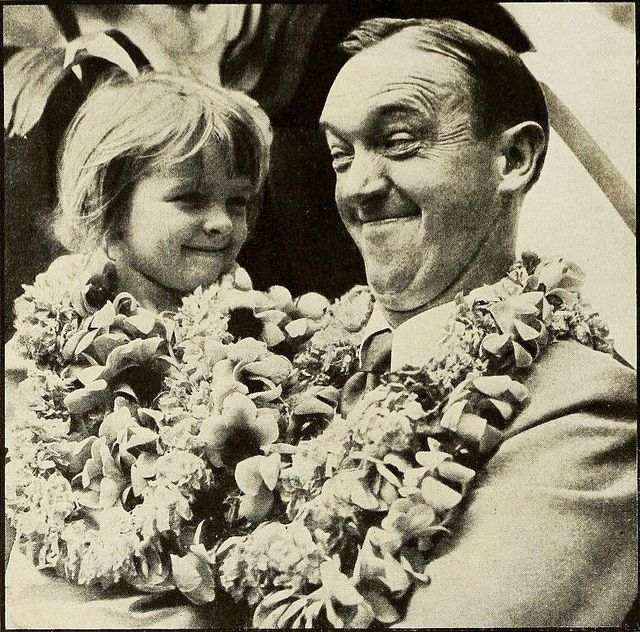 stan laurel and daughter lois 1931 by Captain Geoffrey Spaulding, via Flickr