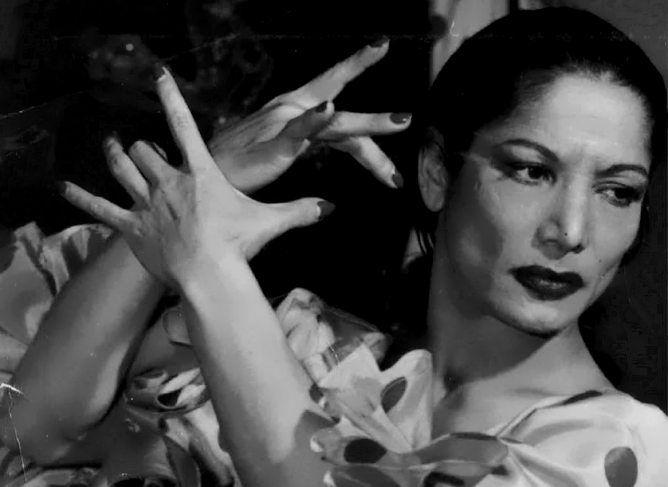 Carmen Amaya, una de las más grandes bailaoras de #flamenco, lo llevó por todo el mundo.