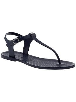 I saw the first of these plastic sandals a few years ago, and I still really like the look of them.