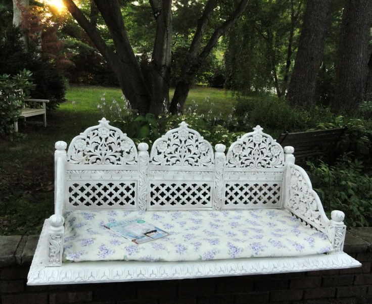 Vintage Shabby Chic Carved Dog Bed Bench Loveseat Baby Station