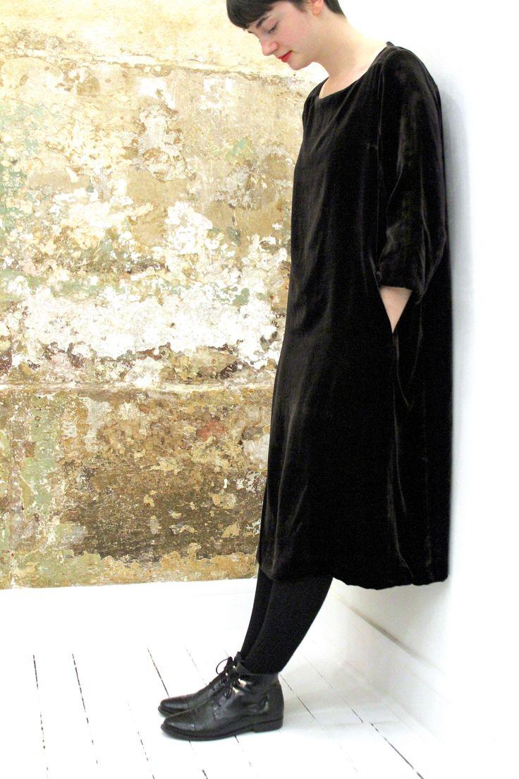 new arrivals : silk velvet dresses in black, chocolat + bottle green  #caseycasey #caseycaseyshop #6ruedesolferino75007paris