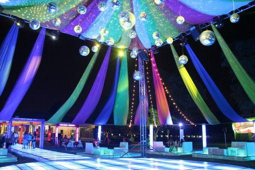 30 best images about xv a os on pinterest mesas leon - Jardines decorados para fiestas ...