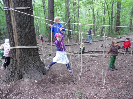 Fotogalerie - Kindergarten: Waldkindergarten