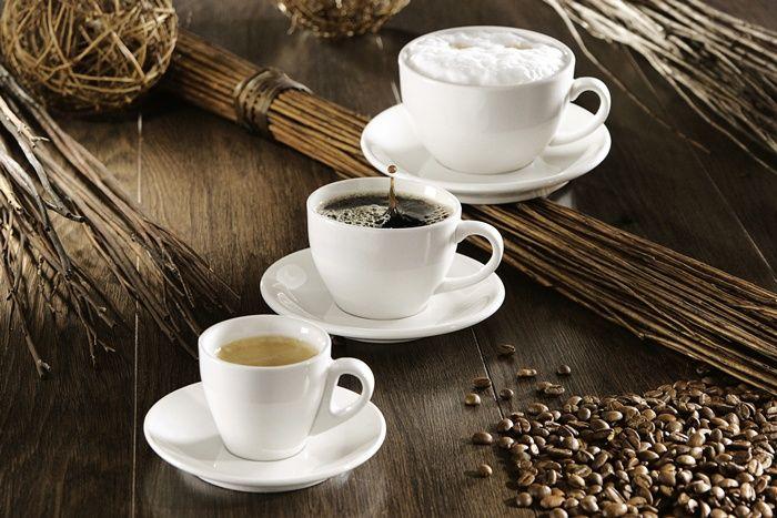 Mit unseren Siebträgermaschinen und Vollautomaten ist eine schnelle und einfache Zubereitung diverser Heißgetränke - Spezialitäten auf Knopfdruck möglich. Neben den klassischen Kaffee aus frisch gemahlenen Bohnen können Sie auch zu Hause oder auf der Arbeit Espresso und Cappuccino einfach zubereiten.  http://www.kaffee-shop-deutschland.de/kaffee-shop