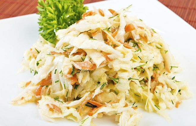 Salată de VARZĂ și MORCOV, cu IAURT | La Taifas