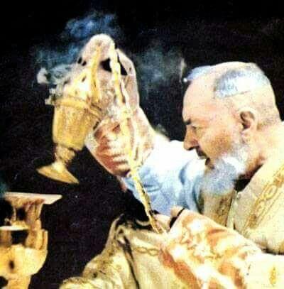 Facciamo sempre, in tutto e per tutto, la Santa volontà di Dio.(Padre Pio)