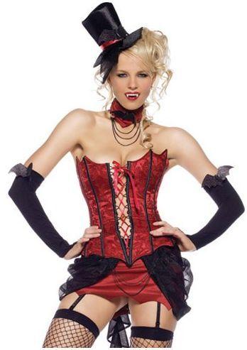 Deze sexy vampier van het mooie merk Leg Avenue is een vierdelig kostuum welke uitermate geschikt is voor feestjes als Halloween. Het vampieren kostuum bestaat uit het korset welke sluit aan de achterzijde met haakjes en heeft een veterdetail aan de voorzijde waarmee je de maat kunt stellen. De zwarte strik op de achterzijde zit met kliiteband op het korset. De hoed en het nek sieraad zijn inbegrepen bij deze duivelse outfit.