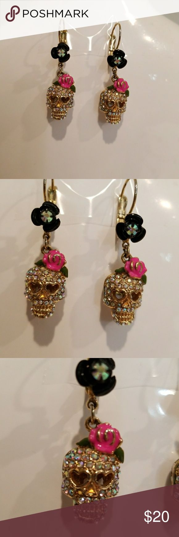 💟 Betsey Johnson Skull Earrings These are gorgeous! Shiny, like new condition - no tarnish. HOWEVER, if you look extremely closely at pic 3, there is a rhinestone or two missing from the jaw. This is not noticeable when wearing, but I had to mention just in case. Cleaned + sanitized in my sonic cleaner. Betsey Johnson Jewelry Earrings