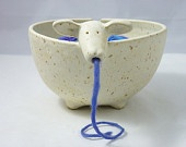 @Amanda Snelson Snelson Rider :) Need to make this with clay! ((Yarn bowl))